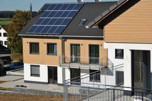 Fassade Dachfester Holzbau Dachdeckerei